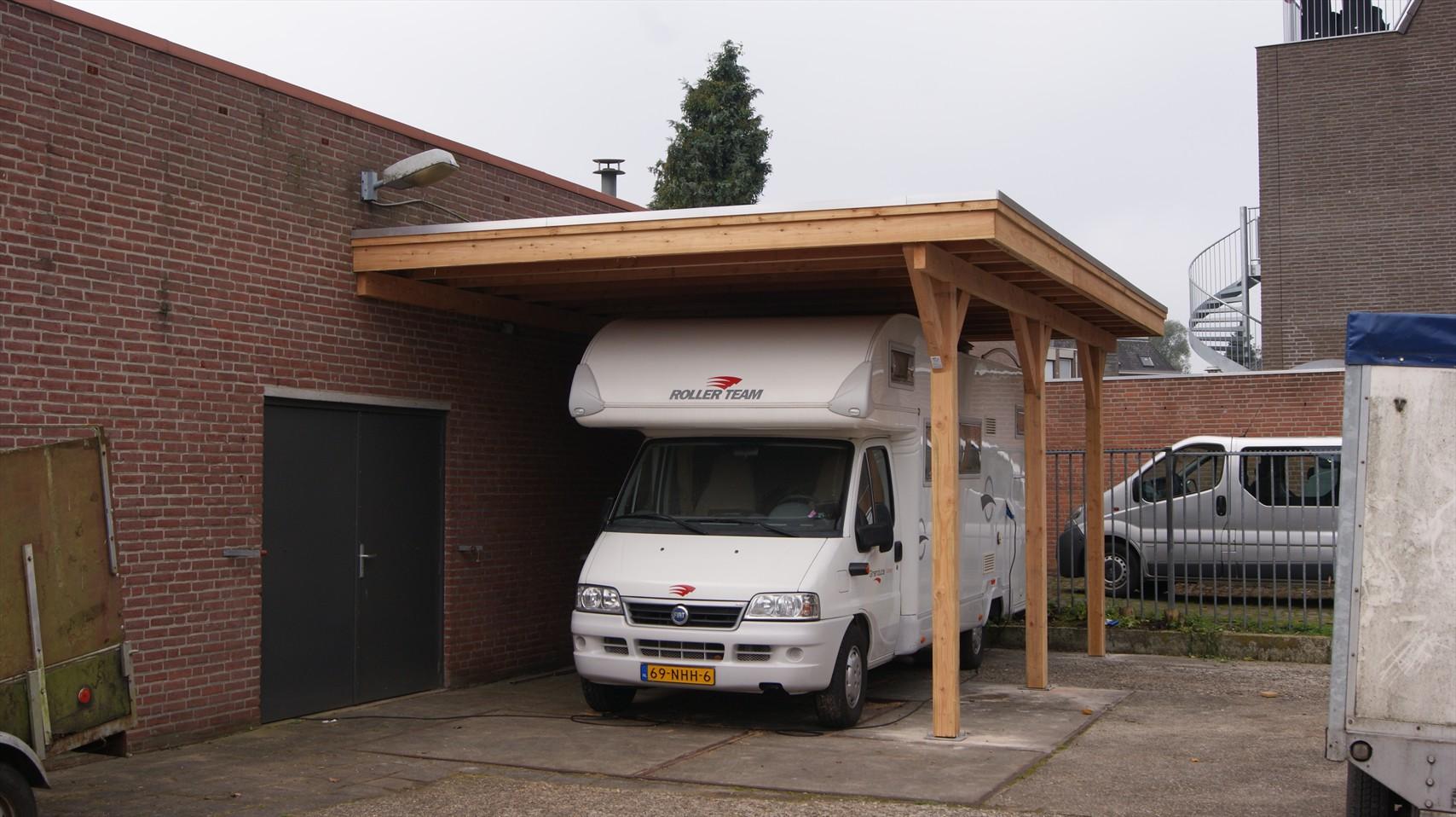 douglas carport plat dak tegen gevel 4 x 25m